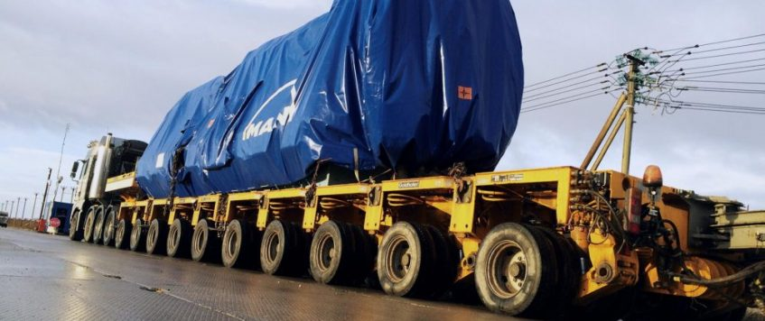Oversized cargo transportation
